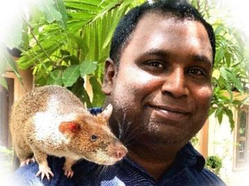 roshan-ang-his-rat